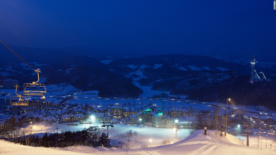 <strong>Night skiing:</strong> Though not open as late as Yongpyong, Alpensia's slopes don't shut down till 10:30 p.m. <br />