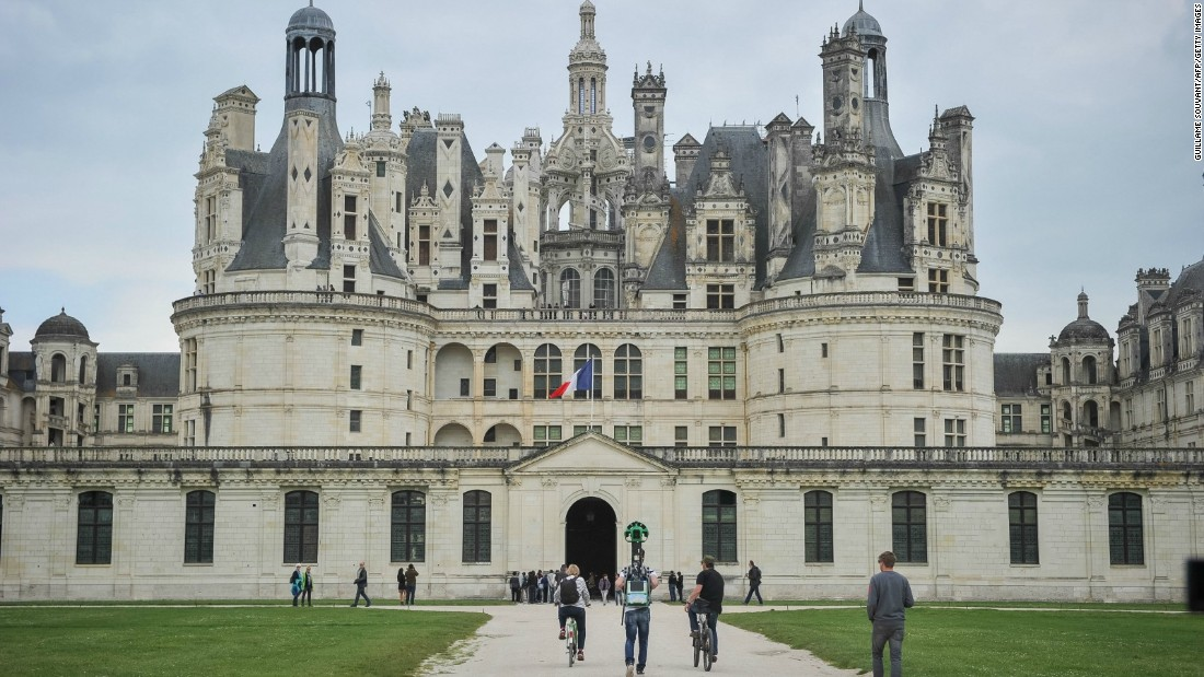 Loire valley france 5 best castles cnn travel for Chateaux in france to stay