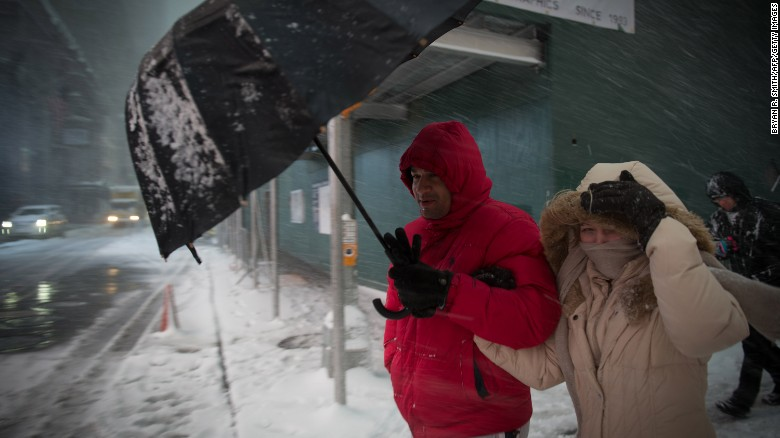 Winter is coming: U.S.  snowstorm blasts New Yorkers as cold snap bites