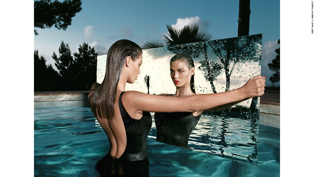 """Mirror"" (2002)"