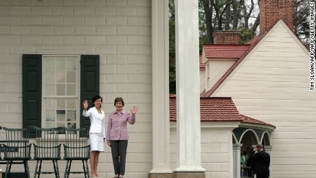 Former First Lady Laura Bush and Akie Abe at Mount Vernon in 2007.