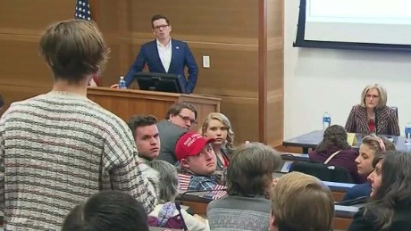 gop lawmakers face angry crowds back home town halls mattingly pkg lead_00002801