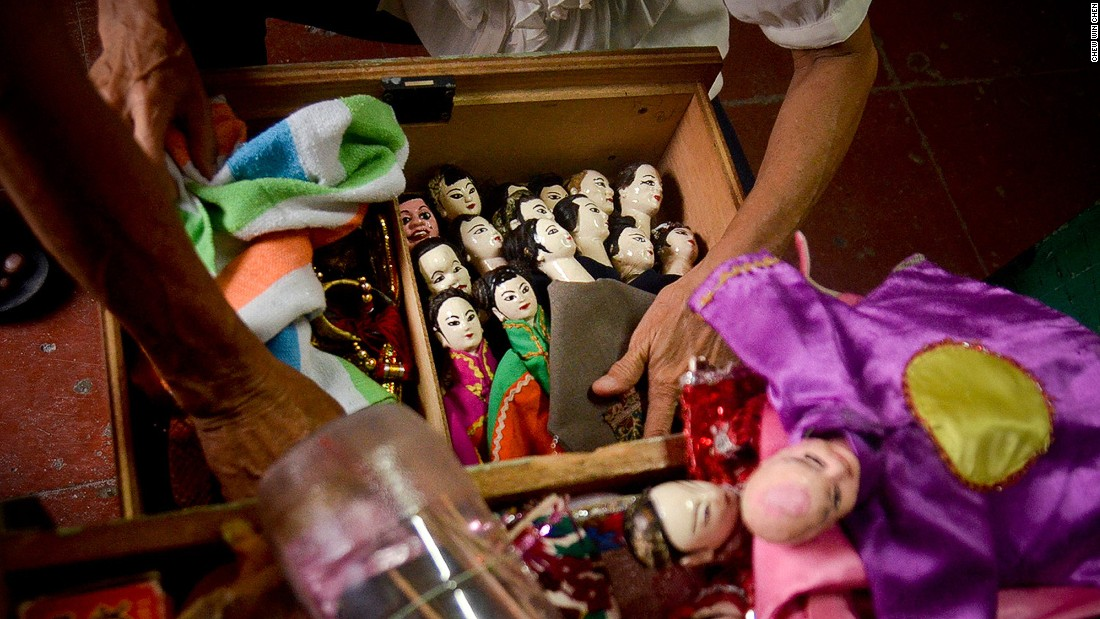 <strong>Potehi: </strong>One of Penang's dying traditions, traditional Hokkien glove puppet theater is kept alive by just four troupes.