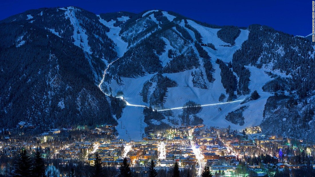 <strong>Aspen, USA: </strong>The airfield is surrounded by the ski area of Aspen Mountain (or Ajax), Aspen Highlands and Buttermilk. The area's an A-list favorite with some of the most expensive real estate in the United States.