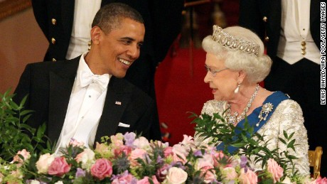 U.S. President Barack Obama and Queen Elizabeth II during a banquet at Buckingham Palace in 2011.