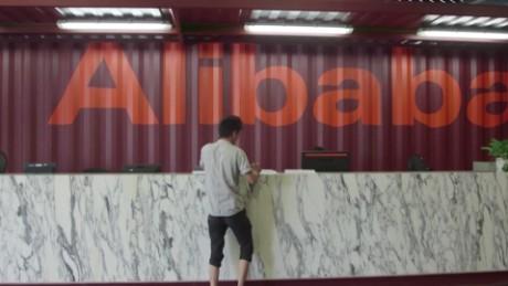 cnnee pkg clare sebastian como lograra alibaba crear un millon de empleos en ee.uu._00015021.jpg