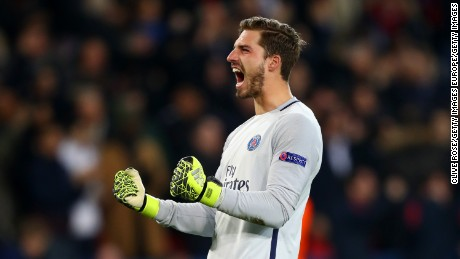 PARIS, FRANCE - FEBRUARY 14:  Kevin Trapp of Paris Saint-Germain celebrates after team-mate Julian Draxler scored their second goal during the UEFA Champions League Round of 16 first leg match between Paris Saint-Germain and FC Barcelona at Parc des Princes on February 14, 2017 in Paris, France.  (Photo by Clive Rose/Getty Images)