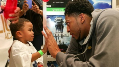 NBA's Anthony Davis helps kids and the homeless