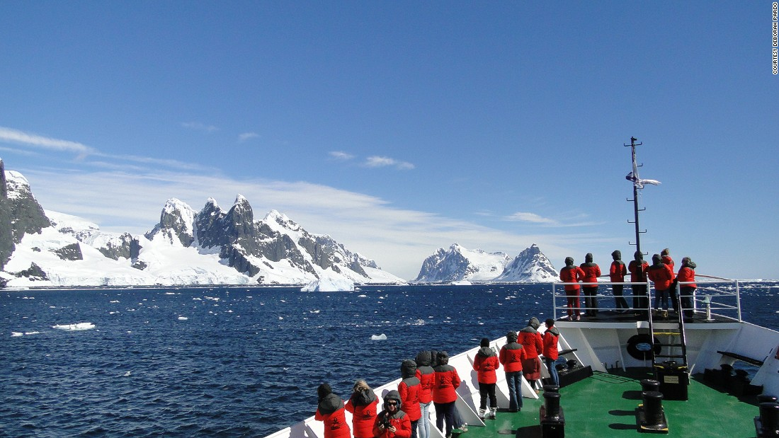 "Often the women would find themselves in complete awe of their surroundings. ""Antarctica is the perfect place to reflect on your learning, and on the beauty of our planet, and how much we want -- and need -- to do something to protect it,"" says Pardo."
