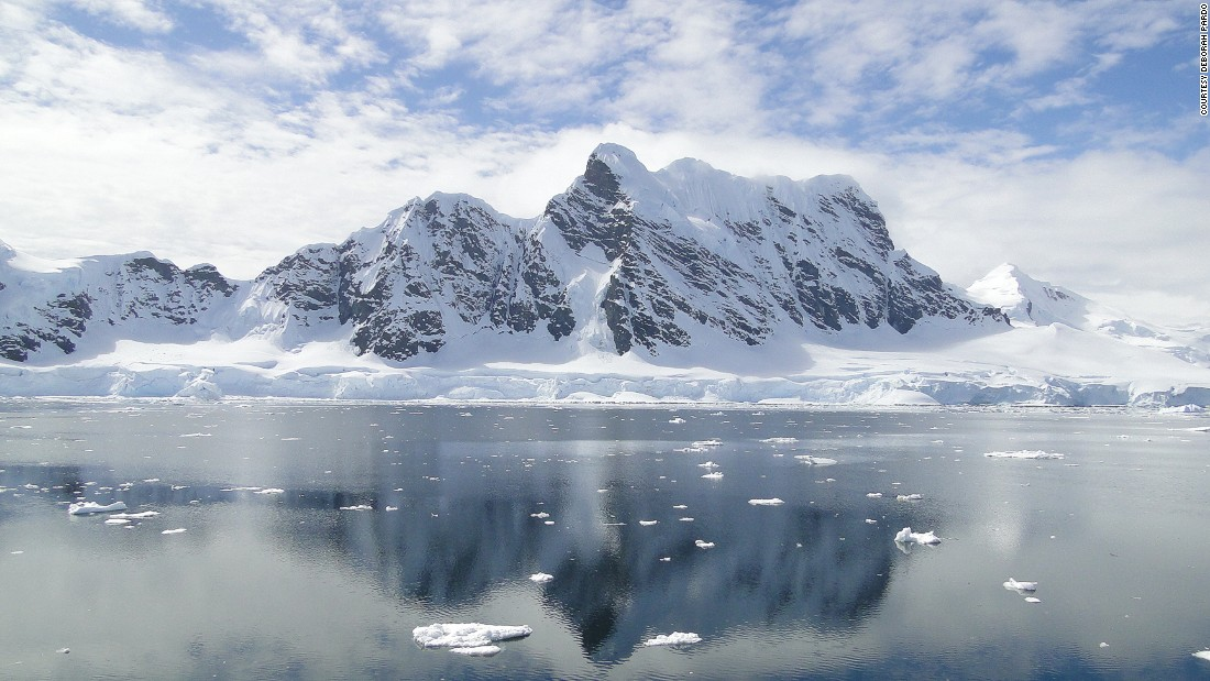 While the Homeward Bound team never managed to cross the Lemaire Channel as there was too much ice, they were still able to enjoy the magnificence of the Gerlache Strait with mountains  as high as 3,000 meters.<br />