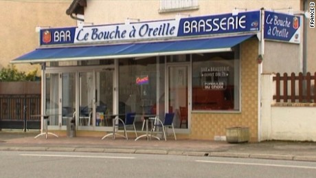 Le Bouche à Oreille in Bourges, France, has received good online reviews since its accidental Michelin honor.