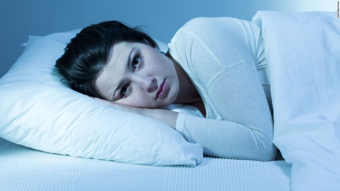 "Plagued by insomnia? Or just not fitting in enough Z's? You're not alone. The vast majority of Americans is officially sleep-deprived. <a href=""http://www.mayoclinic.org/healthy-lifestyle/adult-health/expert-answers/sleep-and-weight-gain/faq-20058198"" target=""_blank"">Studies </a>have shown that sleeping fewer than five or more than nine hours a night can pack on the pounds. Mostly that's because you're more likely to reach for high-calorie snacks and do less exercise."