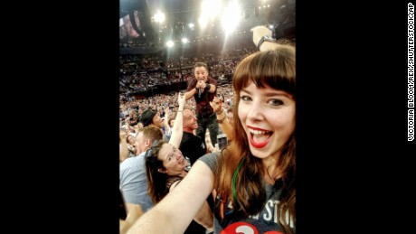 "Jessica Bloom selfie with Bruce Springsteen Fan takes ultimate Bruce Springsteen selfie, Sydney, Australia - 07 Feb 2017 One Australian girl has already taken what is being called 'the selfie of the year. Jessica Victoria Bloom was at the Qudos Bank Arena in Sydney,Australia on Tuesday night for the Bruce Springsteen and the E Street Band concert when she managed to get an incredible selfie with The Boss. It was during his hit, Tenth Avenue Freeze-Out, near the end of the concert that the astrophysicist decided to snap a picture. Jessica,25,said He came into the crowd and I just jumped onto a chair and he was singing at me,so I took a quick selfie! Since she posted the picture on Facebook it has gone viral with people saying It is the selfie of the year and ""One of the best since the Oscars selfie!"" (Rex Features via AP Images)"