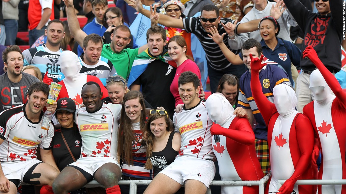 "It came a week after big crowds had flocked to <a href=""http://edition.cnn.com/2017/03/02/sport/gallery/las-vegas-sevens-rugby-fans/"">Las Vegas</a> -- a city with a notorious party reputation on the sevens circuit."