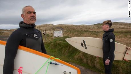 doonbeg surfers alan and darragh