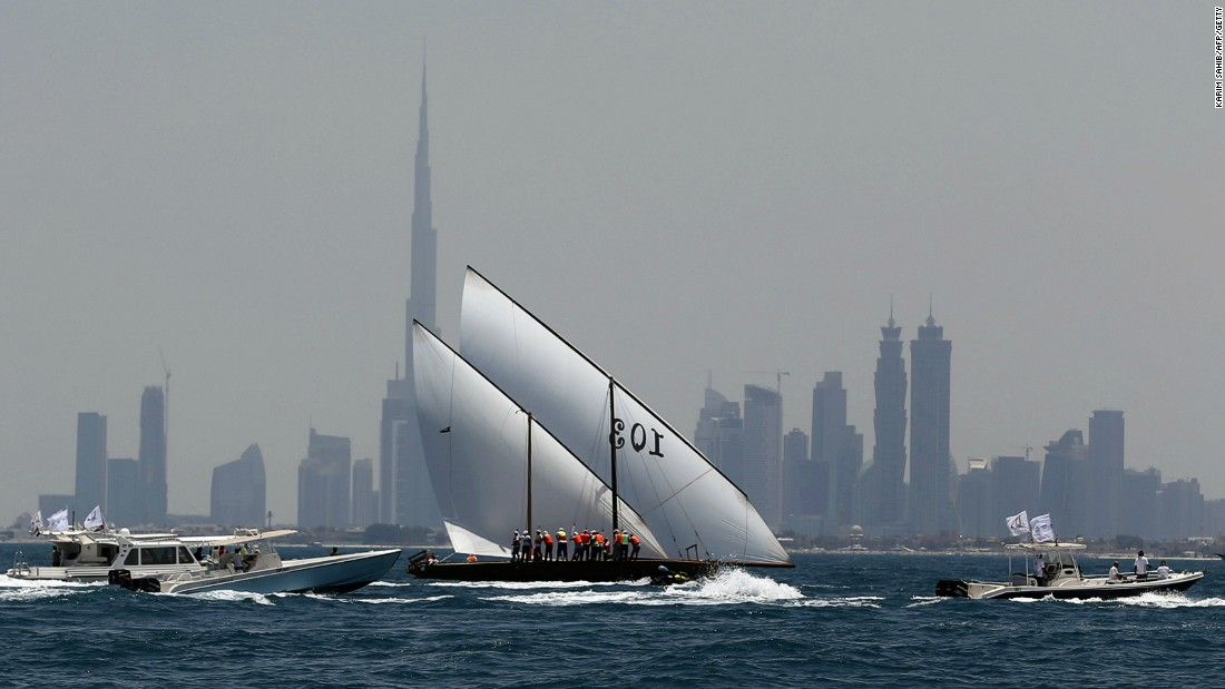 Starting at Sir Bu Nair Island near the Iranian coast, the race finishes at the Dubai International Marine Club and is held in honor of the pearl divers who depended on the boats for their trade for centuries.