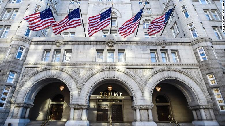 Trump settles lawsuit against celebrity chef