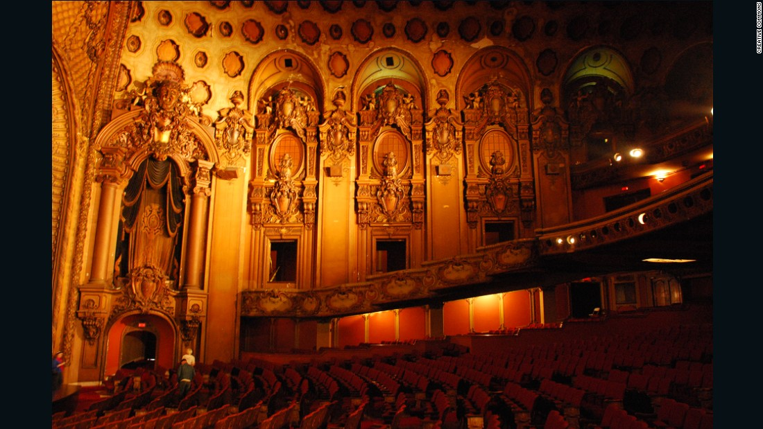It's fitting that the Coen brothers chose to make use of this storied Los Angeles landmark for their sharp satire of 1950s Hollywood. The French Baroque-inspired Los Angeles Theatre has hosted countless premieres since it opened in 1931, but has been closed to the public since 1994. Today it stands as an opulent relic of a bygone era.