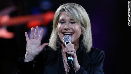 British-Australian singer Olivia Newton-John performs at the 58th Vina del Mar International Song Festival on February 23, 2017 in Vina del Mar, Chile. / AFP / PAUL PLAZA        (Photo credit should read PAUL PLAZA/AFP/Getty Images)