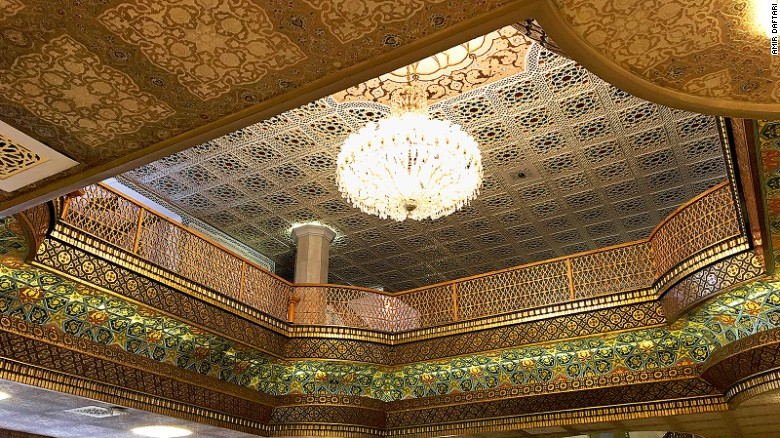 Even the Abbasi's ceilings are Instagram-worthy.