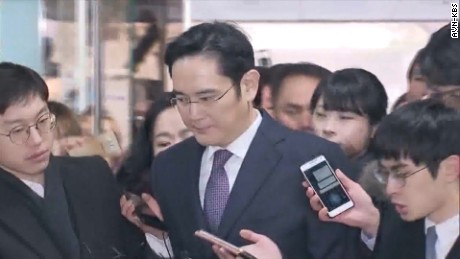 south korea samsung leader indicted