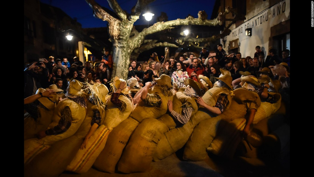 "<strong>Lesaka, Spain:</strong> In the Pyrenean village of Lesaka, villagers dressed as the traditional carnival characters ""zaku zaharrak,"" meaning ""old sack"" in Basque. <br />"