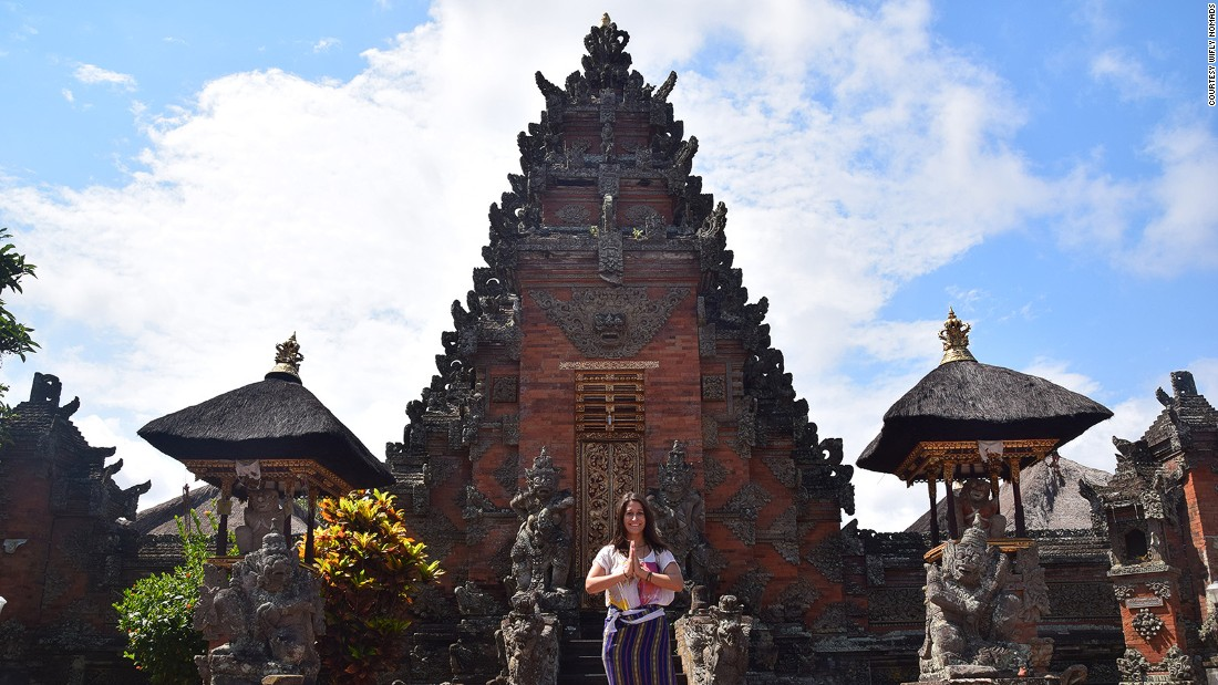 <strong>WiFly Nomads: </strong>Making use of Bali's many gorgeous temples, cliffside surf spots and rice terraces, WiFly Nomads offers participants a long list of excursions.