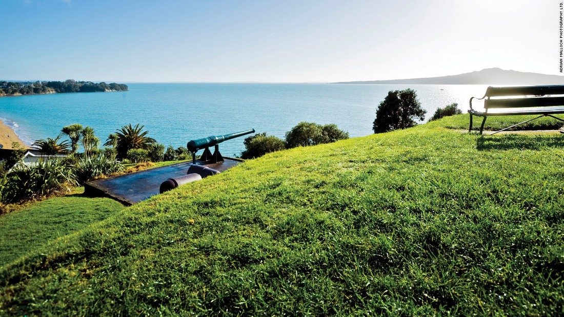 "<strong>North Head/Maungauika:</strong> Visitors can <a href=""http://www.doc.govt.nz/parks-and-recreation/places-to-go/auckland/places/maungauika-north-head-historic-reserve/tracks/maungauika-north-head-historic-walk/"" target=""_blank"">explore military installations and tunnels</a> on the historical reserve and naval buffs can also visit the<a href=""http://navymuseum.co.nz/"" target=""_blank""> National Museum of the Royal New Zealand Navy at nearby Torpedo Bay. </a>"