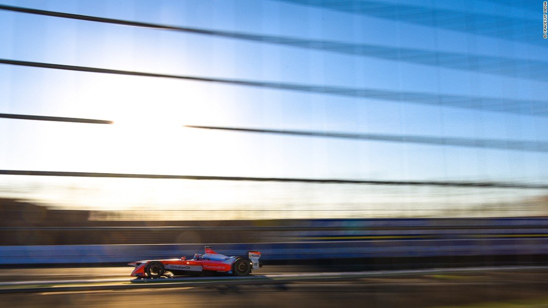 Rosenqvist secured a superb pole in only his second race in Formula E but the Swede was eventually chased down by Buemi's Renault eDams.