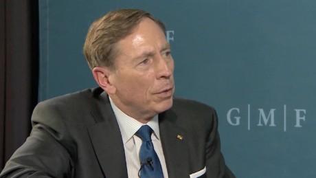 David Petraeus Russia Trump cooperation pleitgen_00000000.jpg