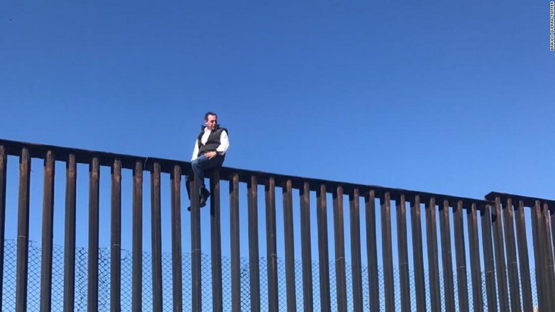 americas mexican lawmaker border wall trnd