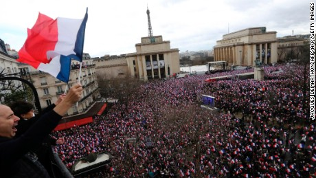 Thousands turned out to show their support for Fillon.