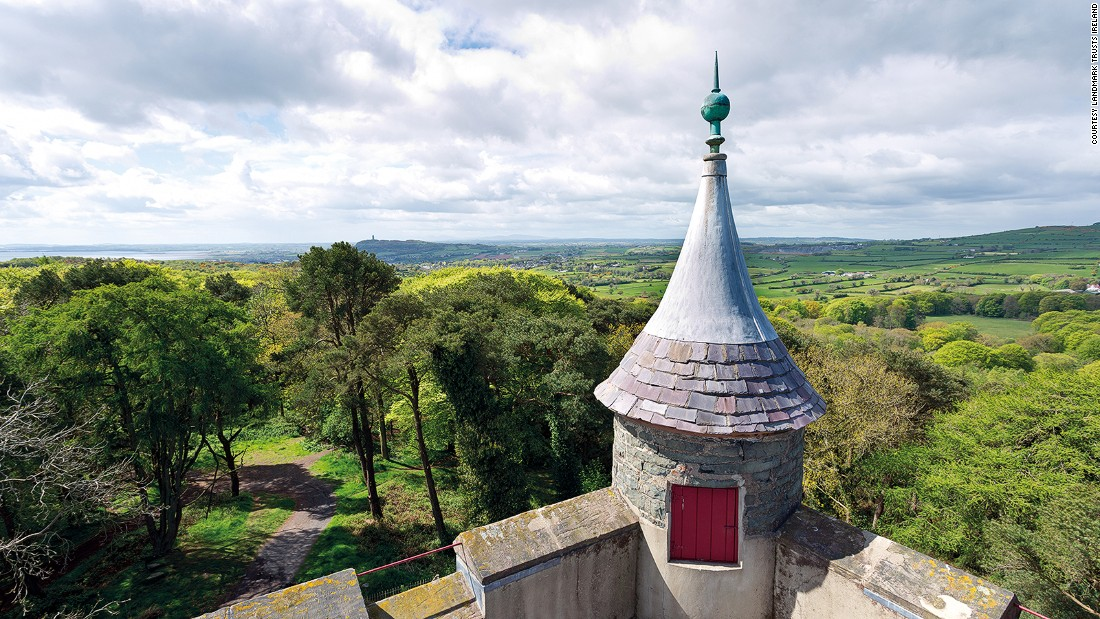 <strong>Helen's Tower, Northern Ireland: </strong>Built in the mid 1800s as a game keepers tower, Helen's Tower is an enchanting stoned turret with stunning views across the lush green hills of Northern Ireland.