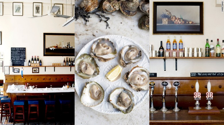 Sweetings' old-school atmosphere and menu have lured fans like chef Fergus Henderson of St John.