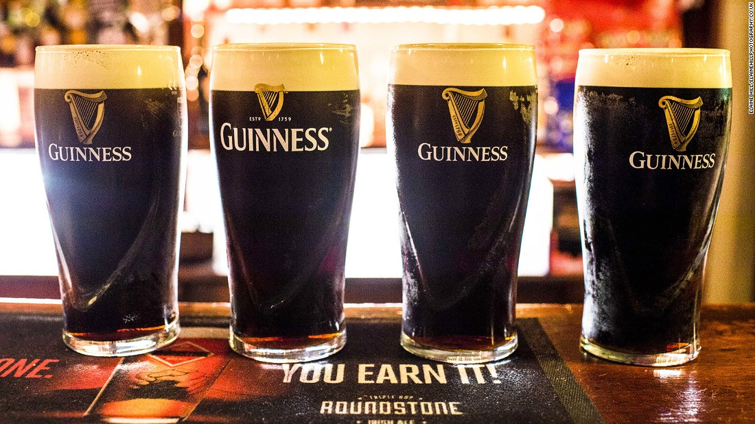 "<strong>The Crown and Shamrock: </strong>Guinness drinkers, explains Dead Rabbit co-owner Sean Muldoon, say the first pint should be drunk in ""three gulps,"" leaving just two foam lines on the glass."