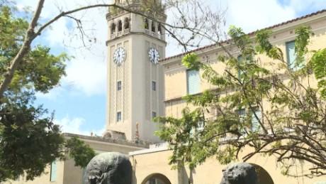 cnnee pkg rafy rivera universidad de puerto rico sin recursos_00002830