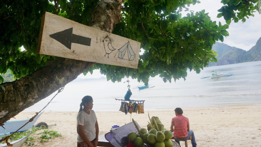 <strong>Directions: </strong>To find it? Get dropped off by Las Cabanas beach outside of El Nido and walk along the shore until you hit a coconut stand.