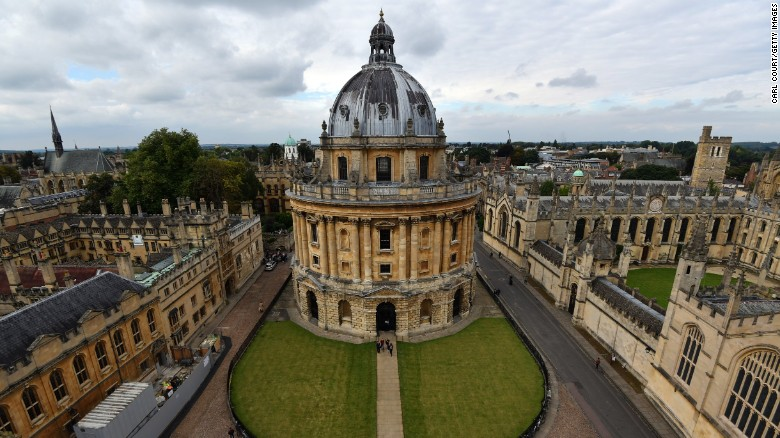 OXFORD, ENGLAND - SEPTEMBER 20: Radcliffe Camera is pictured on September 20, 2016 in Oxford, England. Oxford University has taken number one position in the 2016-2017 world university rankings beating off Harvard and Cambridge for the top spot.  (Photo by Carl Court/Getty Images)