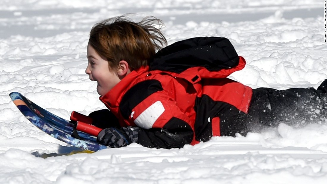What do do with the kids during a snowstorm - CNN.com