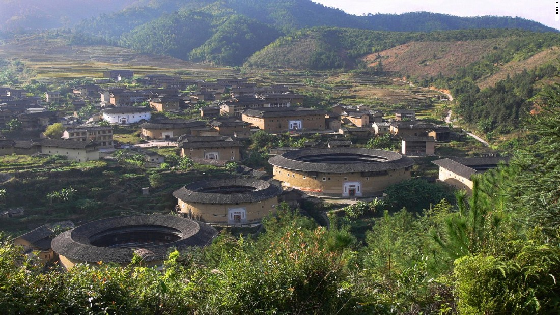 All Chinese tulou buildings are found in Fujian province, mainly in its southwestern area.