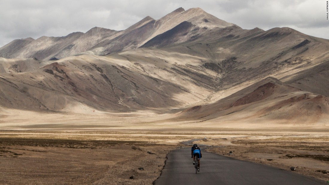 In 2014, Zurl clocked the fastest ever cycle of the Himalayas (pictured above), covering 530 kilometers in 38 hours and 40 minutes.