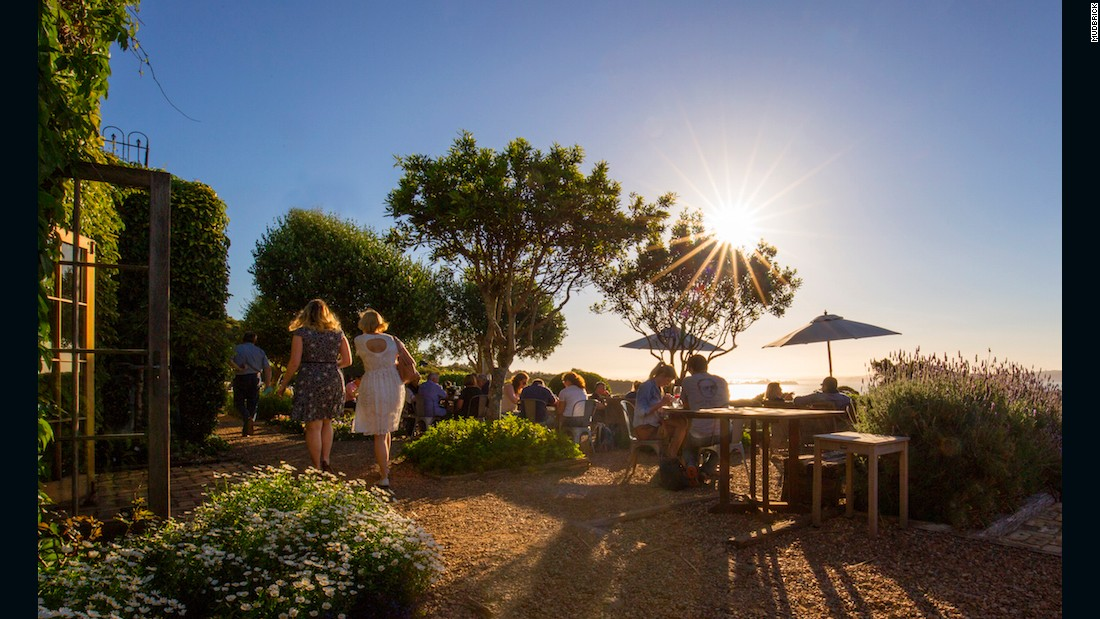 <strong>Mudbrick:</strong> Mudbrick restaurant is Waiheke culinary royalty.
