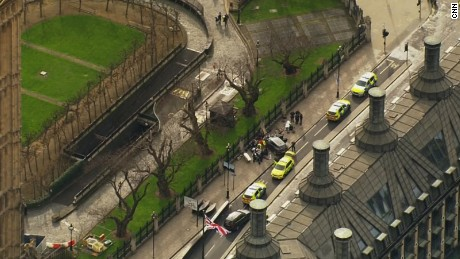 witness car fence uk parliament