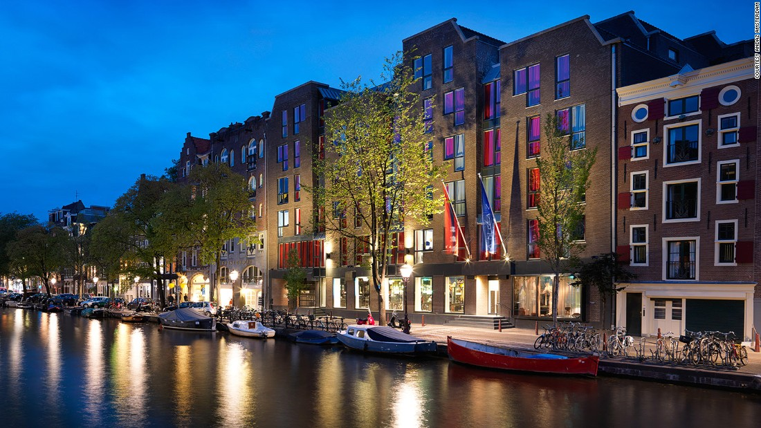 12 of the best canal hotels in amsterdam for Best luxury hotel in amsterdam