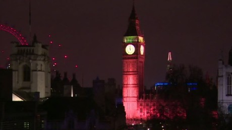 big ben lit up to honor london attack victims vo_00000209.jpg