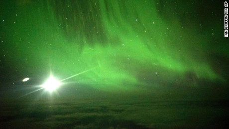 Viewing the Southern Lights from above the clouds gave the passengers a special experience.