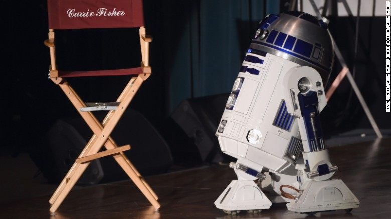 R2-D2 at memorial for Debbie Reynolds and Carrie Fisher.