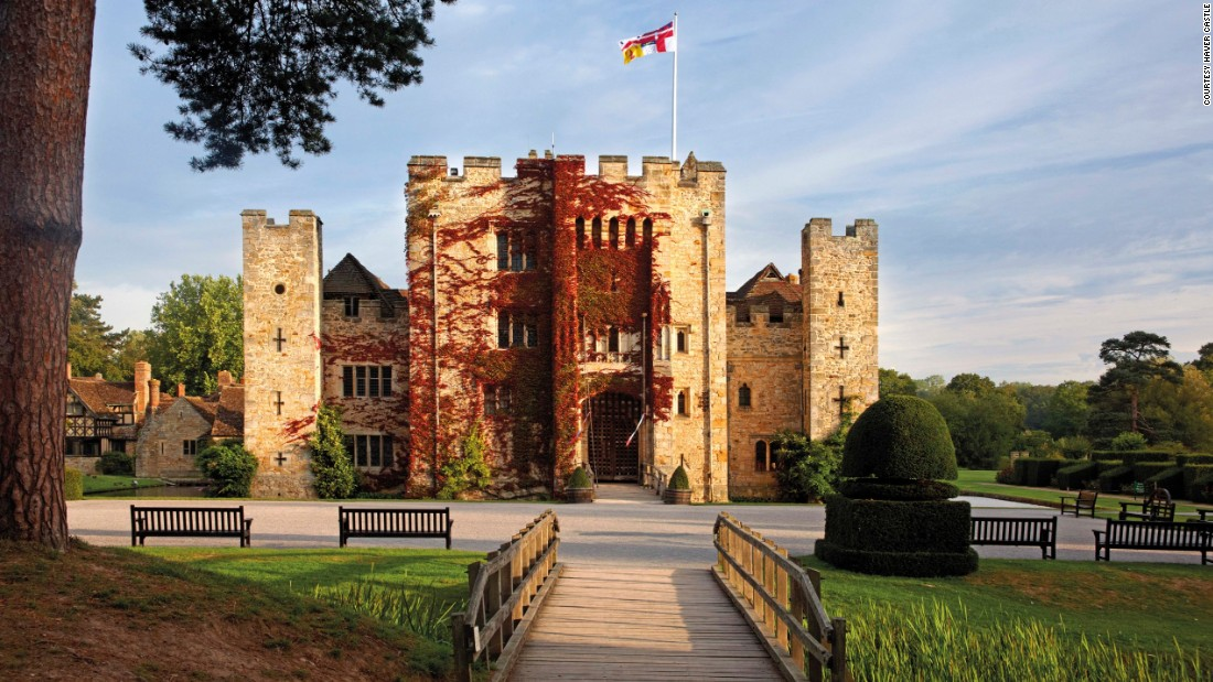 <strong>Hever Castle </strong>-- Being the home of Anne Boleyn, the second wife of King Henry VIII, this 13th-century castle in Kent is one of the most storied in England.
