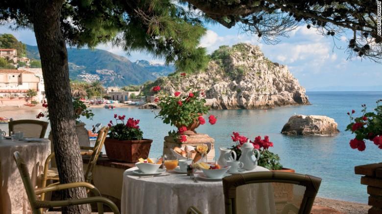 Belmond Villa Sant'Andrea: Sicilian charm and jaw-dropping views.