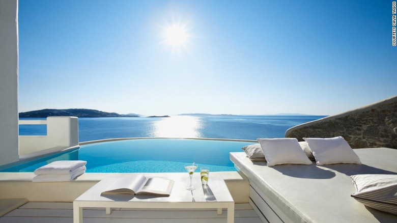 <strong>Cavo Tagoo (Mykonos, Greece): </strong>Cavo Tagoo Mykonos is refreshingly modern and minimalist: whitewashed surfaces, exposed wood and stone, and sleek, clean furnishings.